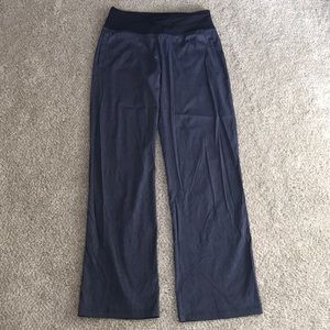 NWOT lucy denim colored yoga pants